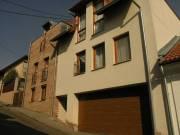 Havi -hegyen a Zsigmond utcában igényes 3.5 szobás lakás eladó!
