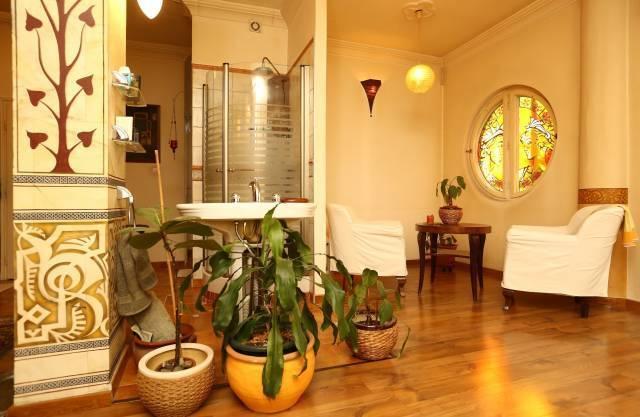 Bohém kis lakás a Mammut mögötti utcában