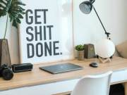Minden egy íróasztallal kezdődik – a tökéletes íróasztal kiválasztása