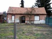 Szombathelyi építési telek 2 szobás komfortos házzal eladó