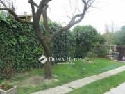 Veszprém, Belváros csendes zsákutcájában családi ház és garzonlakás eladó