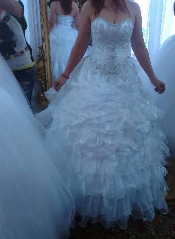 Esküvői 410a412aca