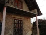 Eladó a belvárosban egy szerkezetkész családi ház - Szolnok