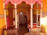 Pécs, Uránvárosi extrán felújított 2 szobás és konyha-étkezős téglalakás eladó