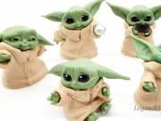 Star Wars Mandalorian Baby Yoda jellegű figura szett 5 db-os 6 cm-es - Hivatalosan utángyártott term