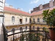 Az Oktogon szomszédségában két lakássá alakítható ingatlan - Budapest VI. kerület, Nagykörúton belül