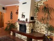 Kiváló elosztású, mediterrán stílusú családi ház eladó Makón, Víztorony közelében