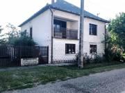 ELADÓ az Egertől 10km-re lévő Bogácson 5 szobás családi ház.