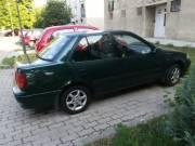 Eladó Suzuki sedan.