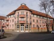 belvárosi lakóparkban 94 m2-es lakás mélygarázs használattal is ! - Miskolc, Belváros