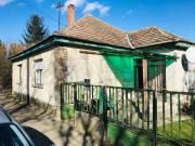 Marcaliban csendes utcában családi ház eladó