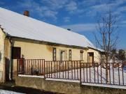 Marcaliban parasztház jellegű családi ház eladó