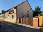 Pécs, Monostor utca 2 szintes 4 szobás családi ház/ikerház, Uránváros