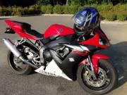 Yamaha r1 évj:2003