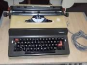 Írógépek eladó.