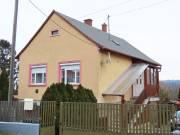 Zalaegerszeg Pózván 2 szintes, kétgenerációs családi ház eladó., Pózva