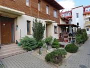 Belső kétszintes, kertkapcsolatos lakás eladó a Maklári hóstyán - Eger, Maklári hóstya